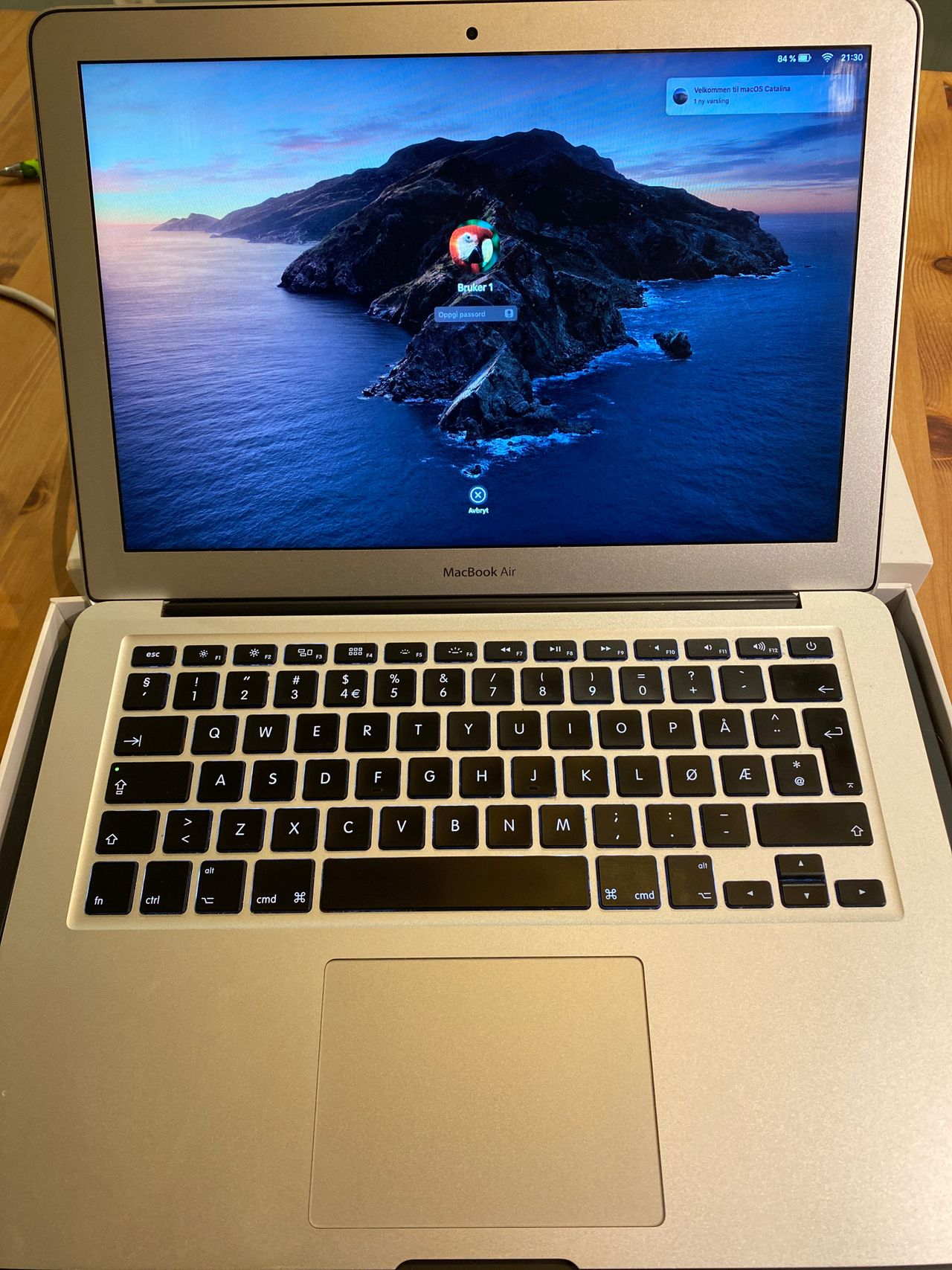 Macbook air selges 13 Kjøpe, selge og utveksle annonser de