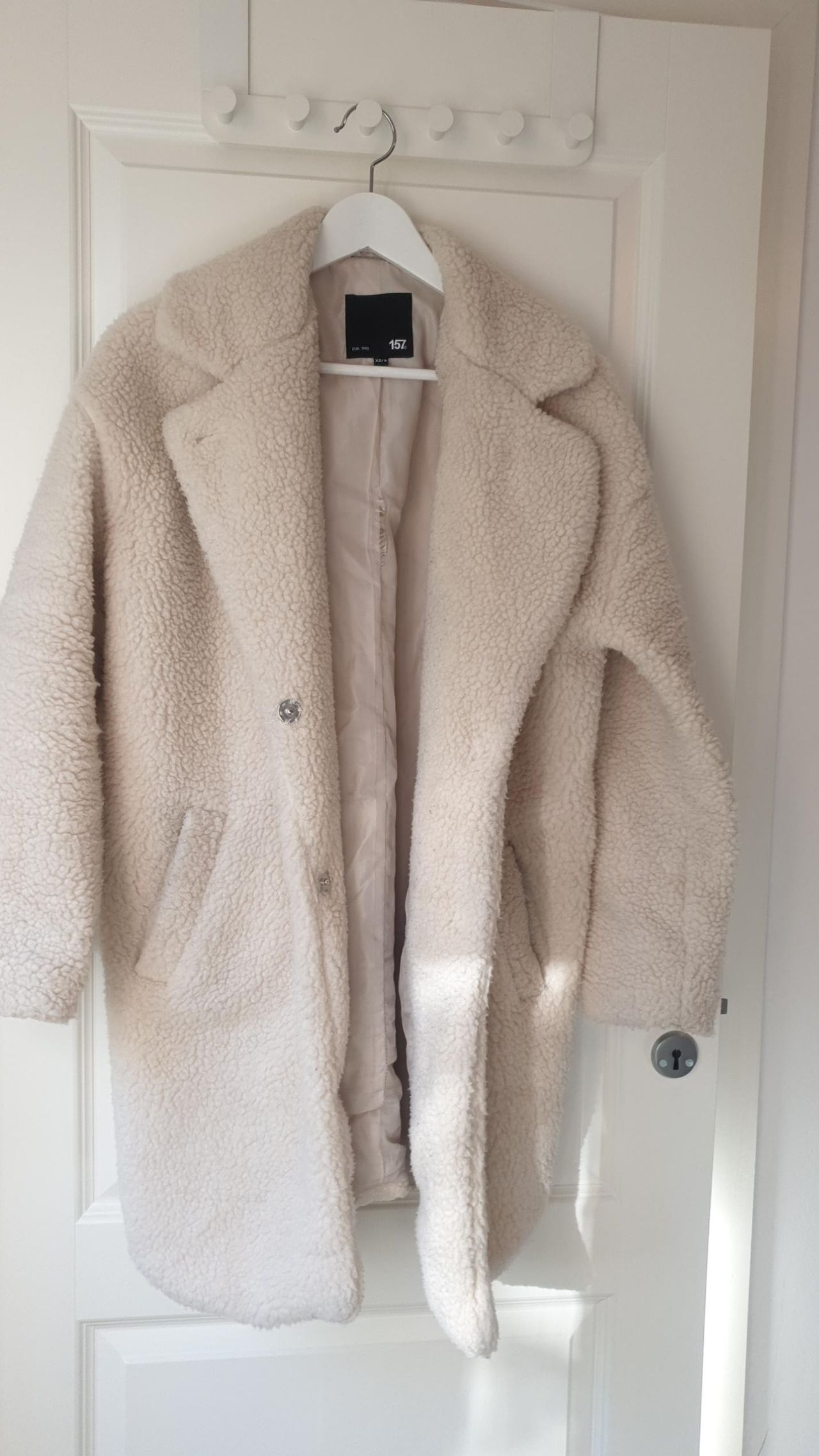 Teddy coat teddy jakke fra Gina Tricot. Kun brukt én gang