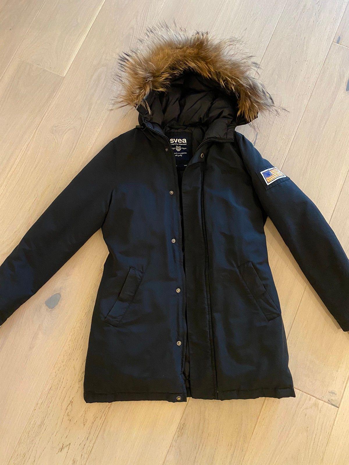 Svea jakke med ekte pels hette | stavangerbladet