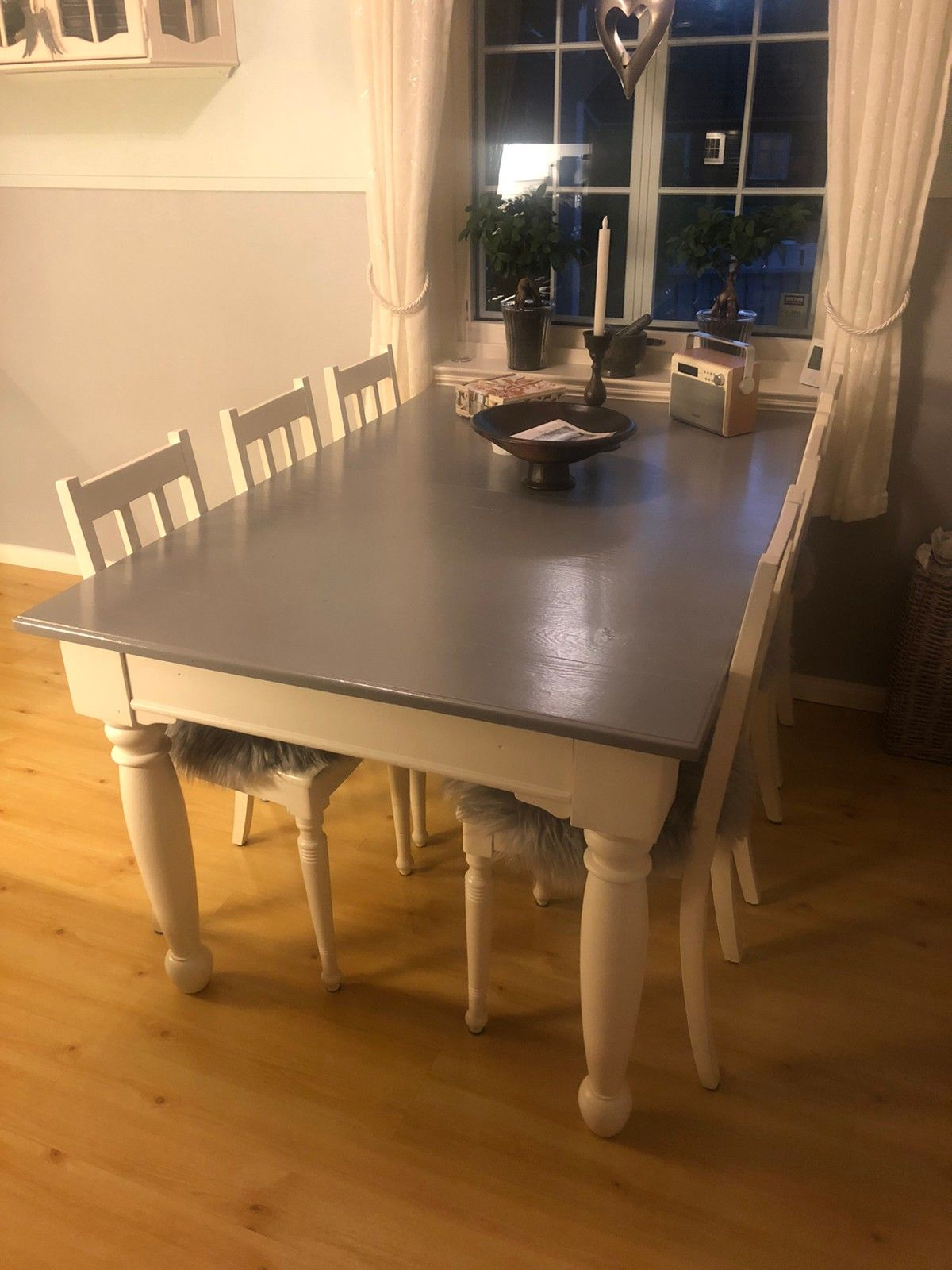 Spisestuebord med 6 Kjøpe, selge og utveksle annonser de