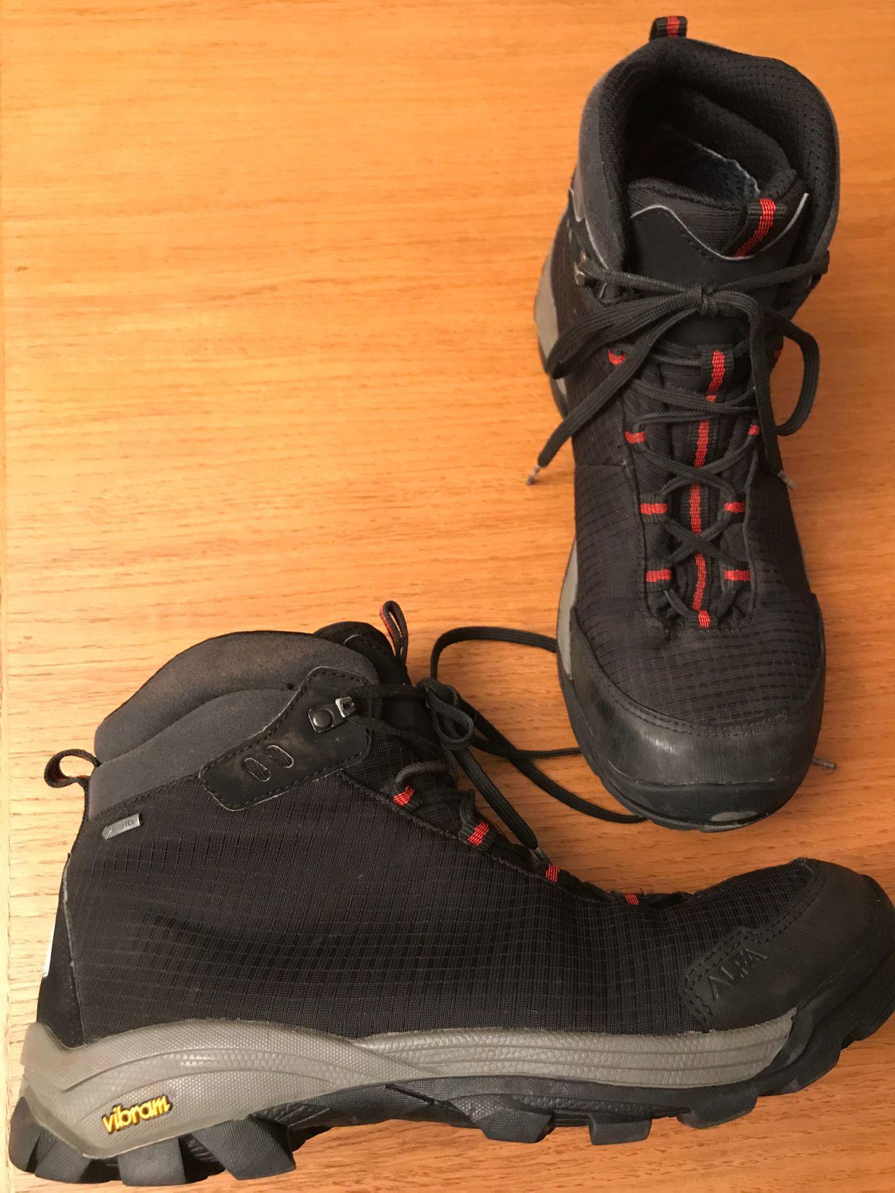 Helt nye Lems Boulder sko, str 45   FINN.no