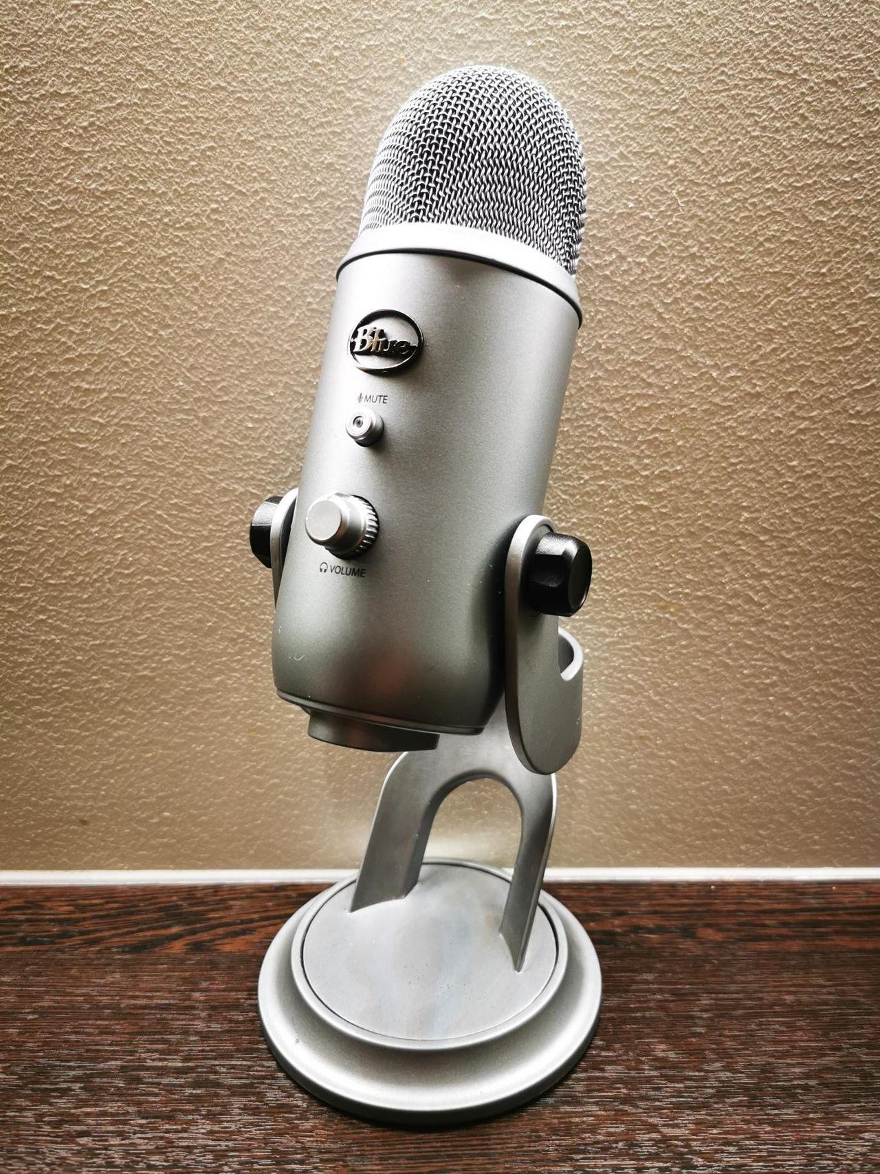 Blue Yeti Mikrofon (Grå) Selges | FINN.no
