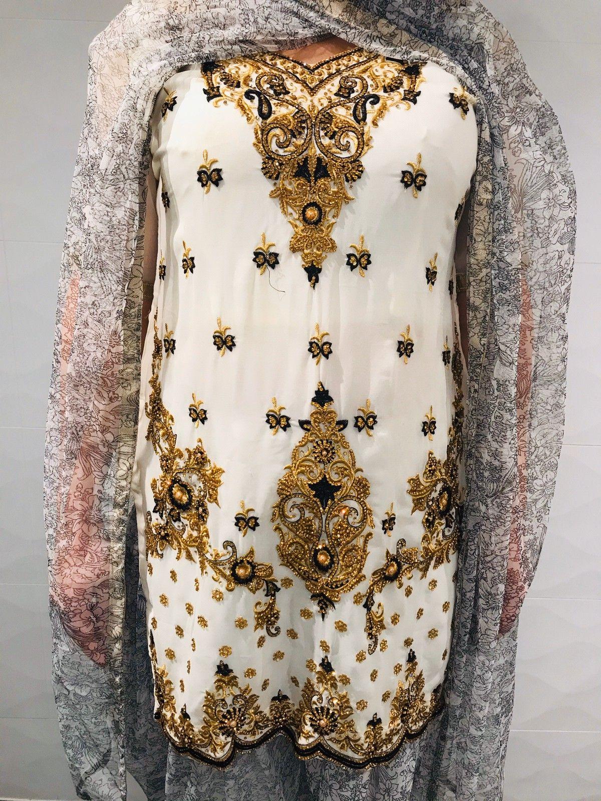 Indisk kjole mbukse og sjal