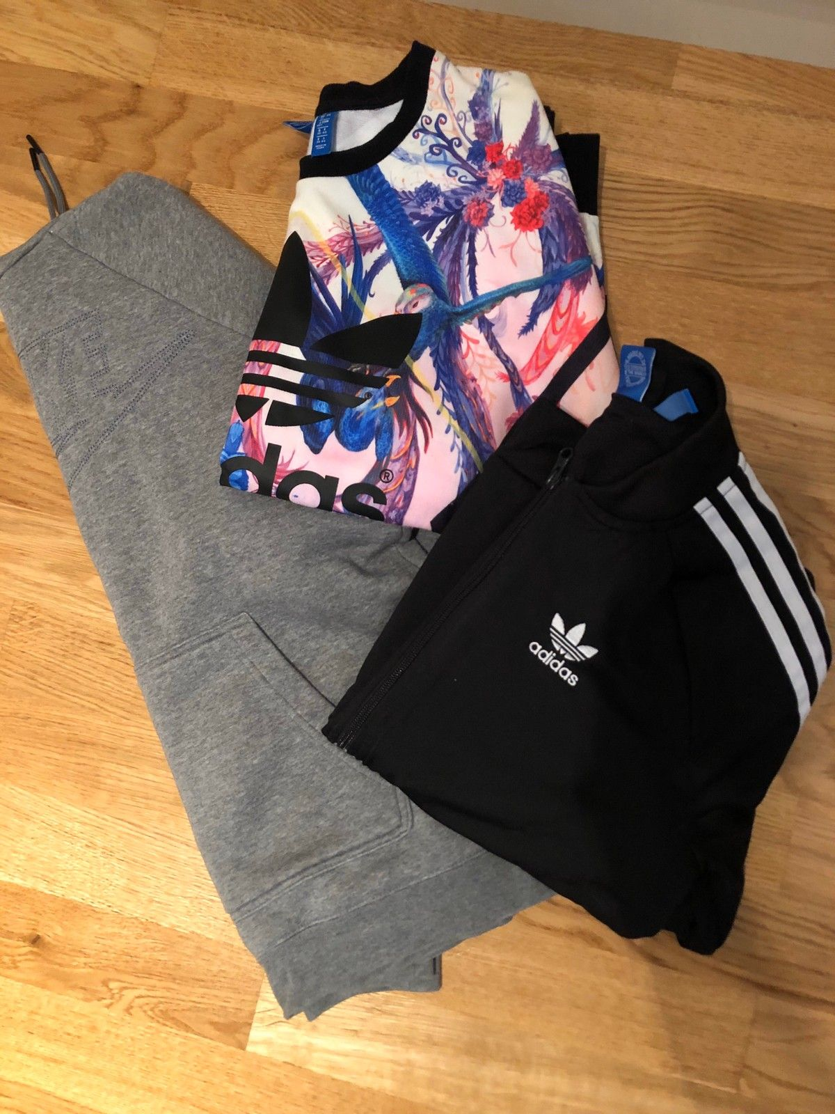 Sporty klær til jente, Adidas++ Nike   FINN.no