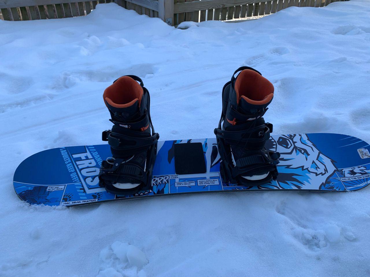 frost snowboard med binding og sko jente   FINN.no