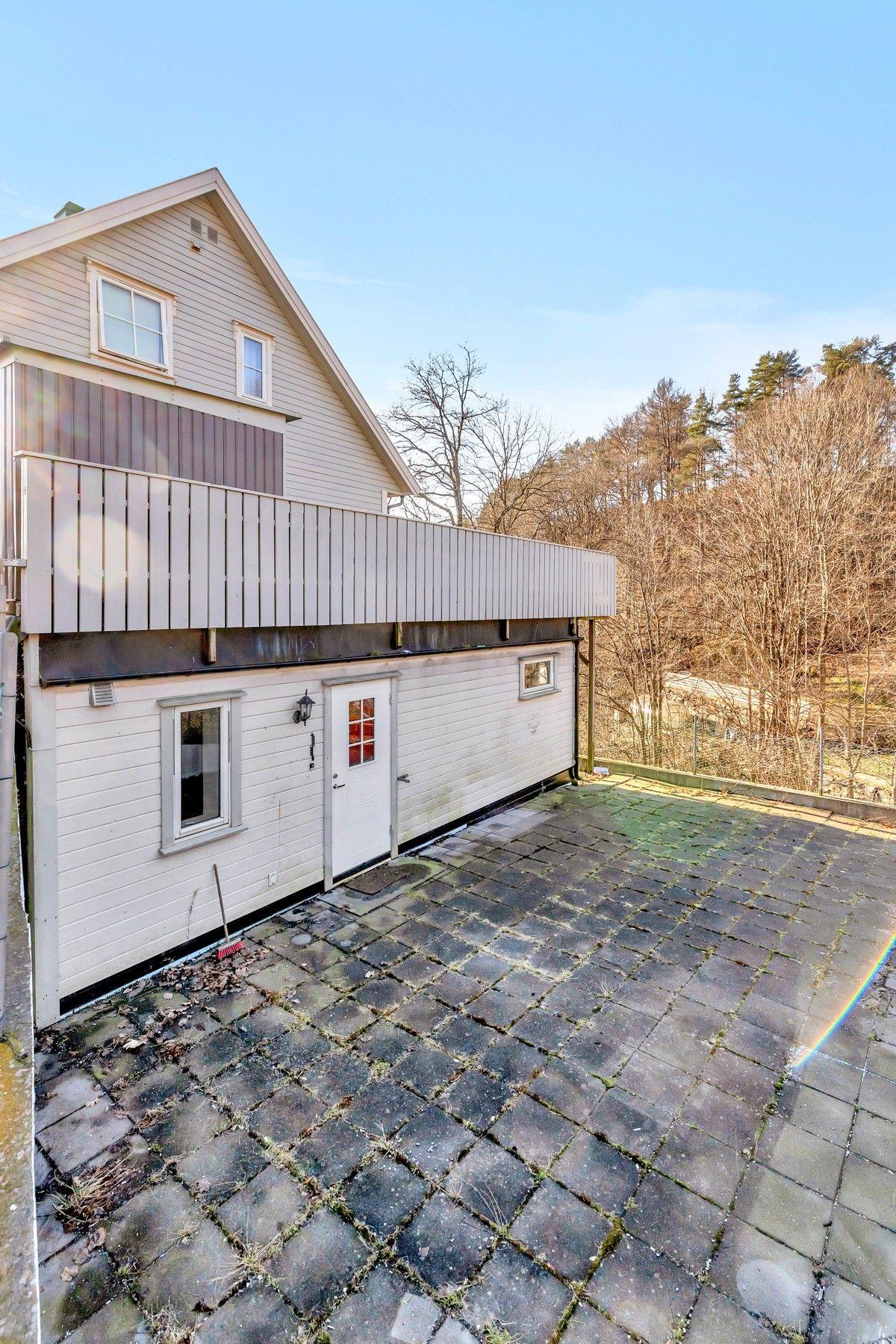 Barbugårdsveien 49J, Arendal | Sørmegleren