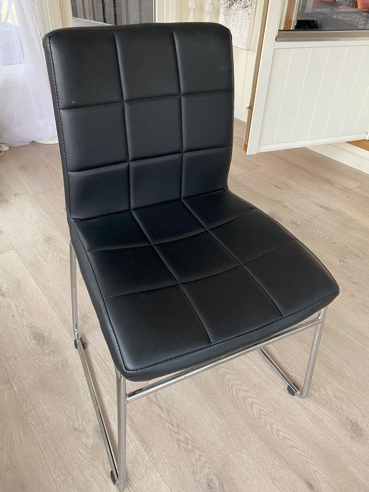 Hammel stoler i svartkrom (4 stk) | FINN.no