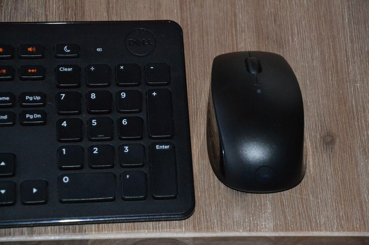 Logitec tastatur og mus. USB inngang | FINN.no