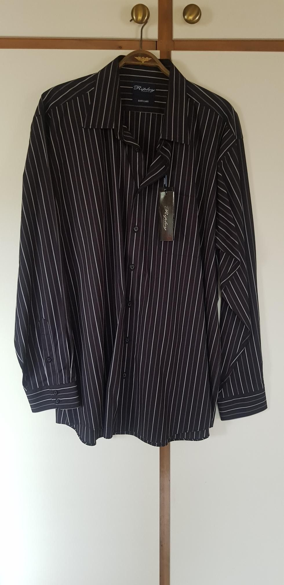 Som ny penskjorte fra Bertoni | FINN.no