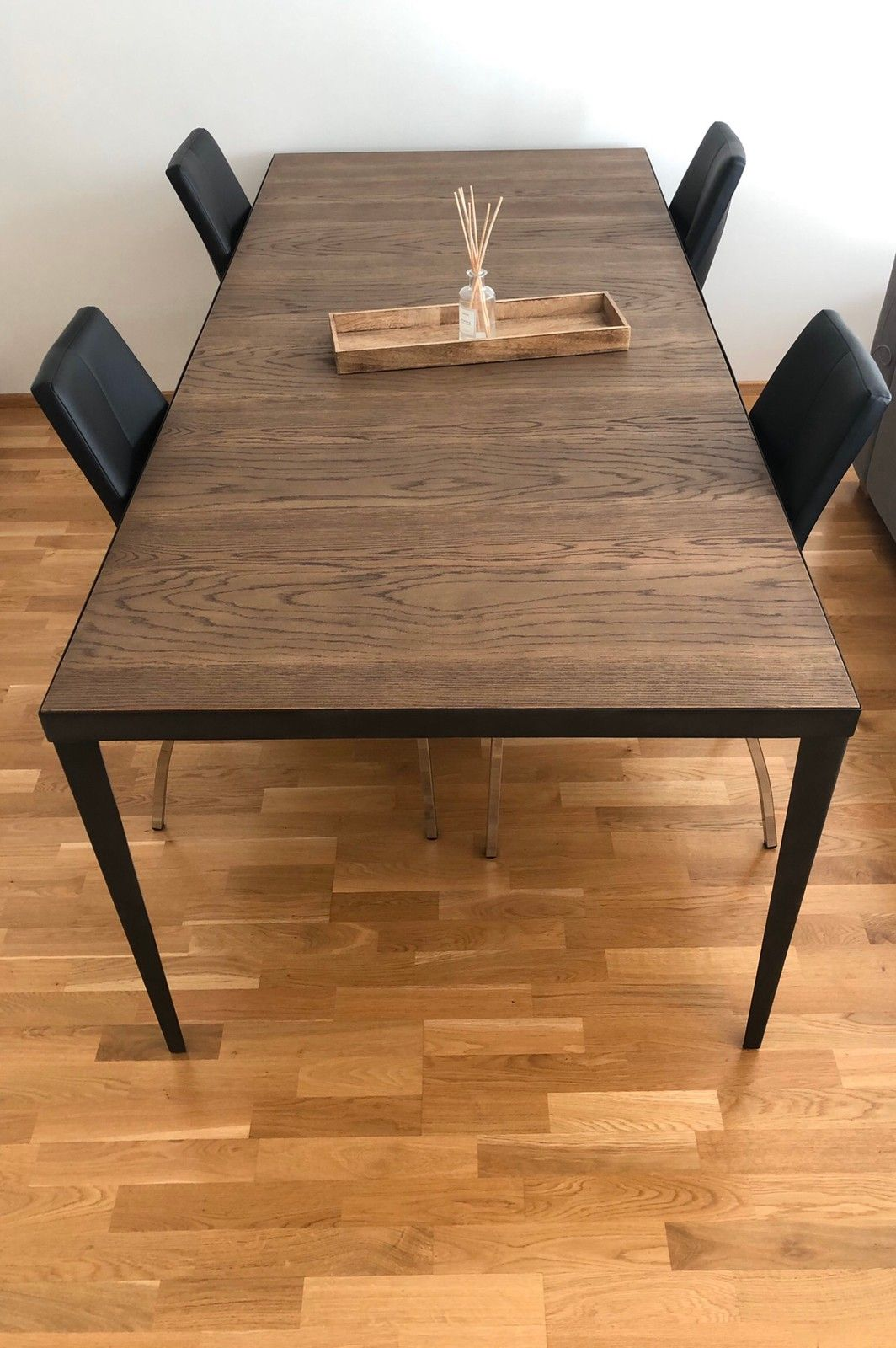Spisebord fra home cottage Kjøpe, selge og utveksle annonser