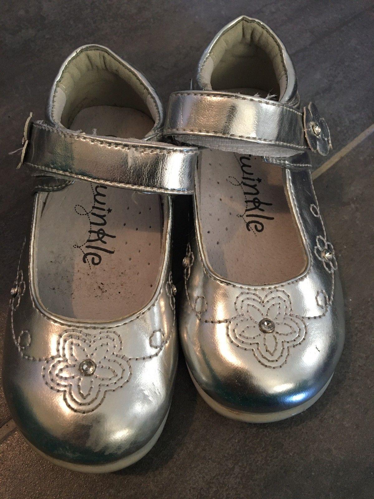 Blinke sko og Fest sko i str 23 | FINN.no