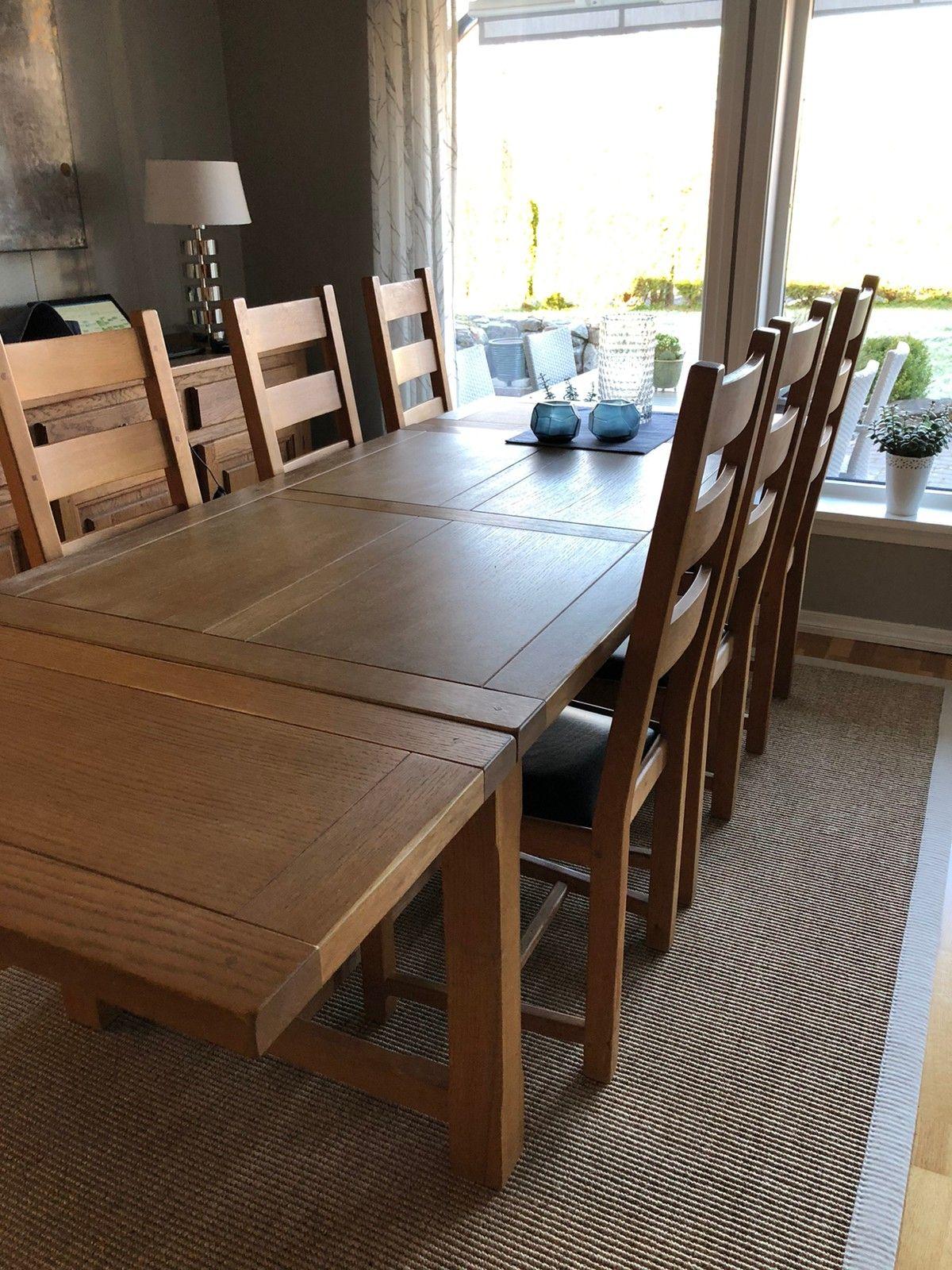 Picture of: Brukt Spisebord I Furu M 8 Stoler Og Skjenk Til Salgs I