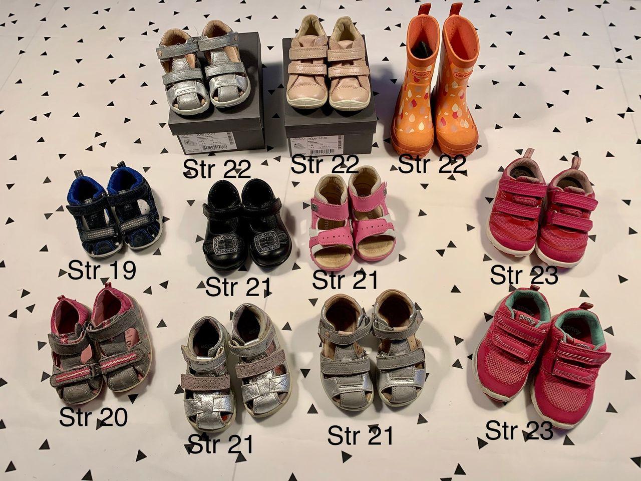 Sko, sandaler og støvler (str 19, 20, 21, 22 og 23 )   FINN.no