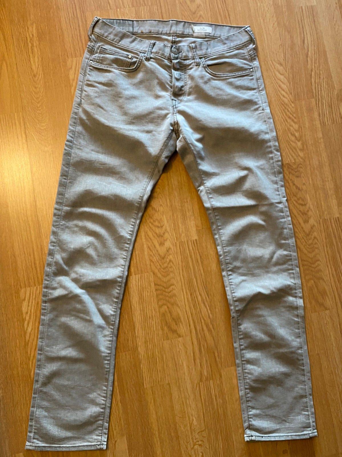 Grå jeans bukse | FINN.no