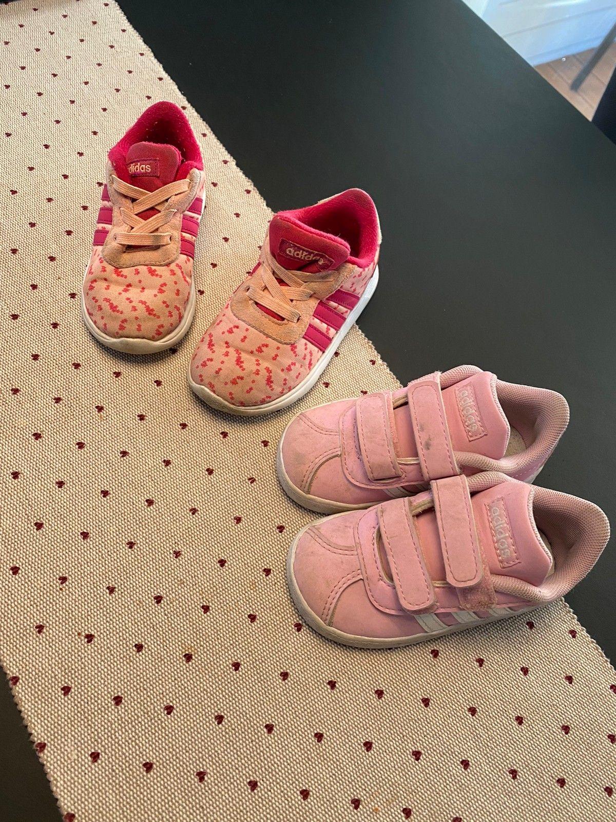 2 par Adidas sko selges 200kr | FINN.no