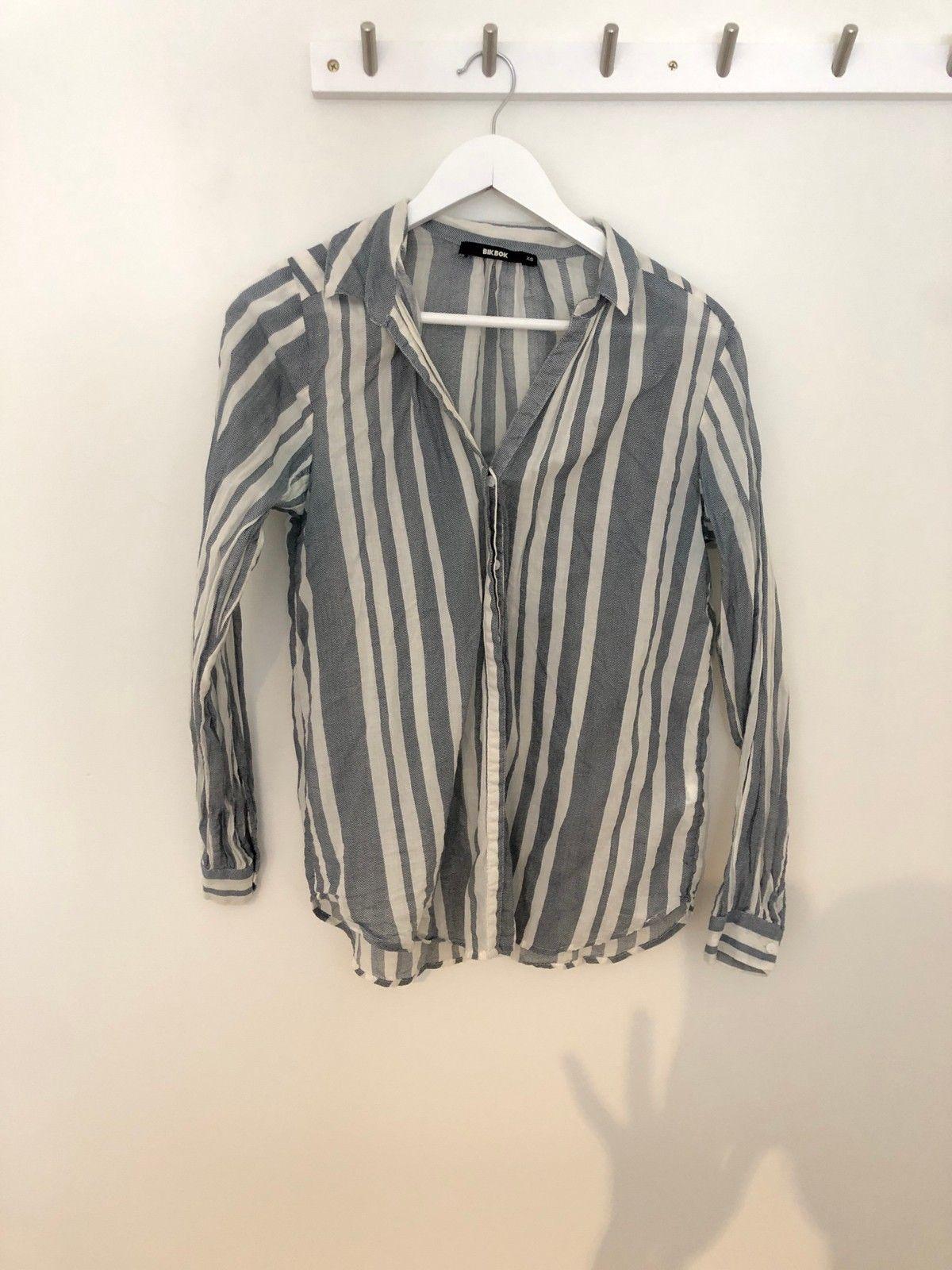 Bik Bok skjorte | FINN.no
