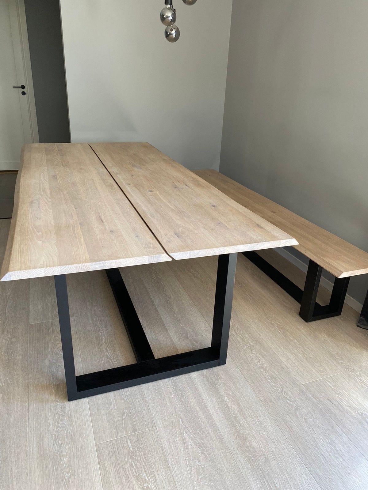 Spisebord og salongbord. | FINN.no