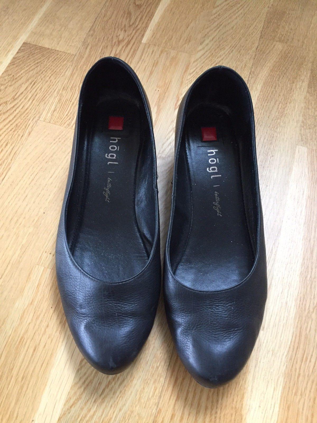 Sorte Høgl sko selges str 42   FINN.no