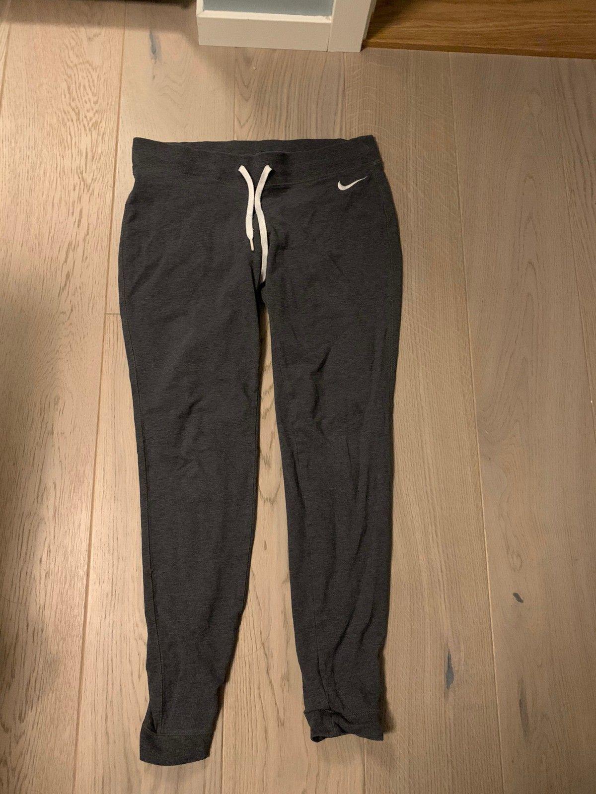 Nike kose bukse | FINN.no