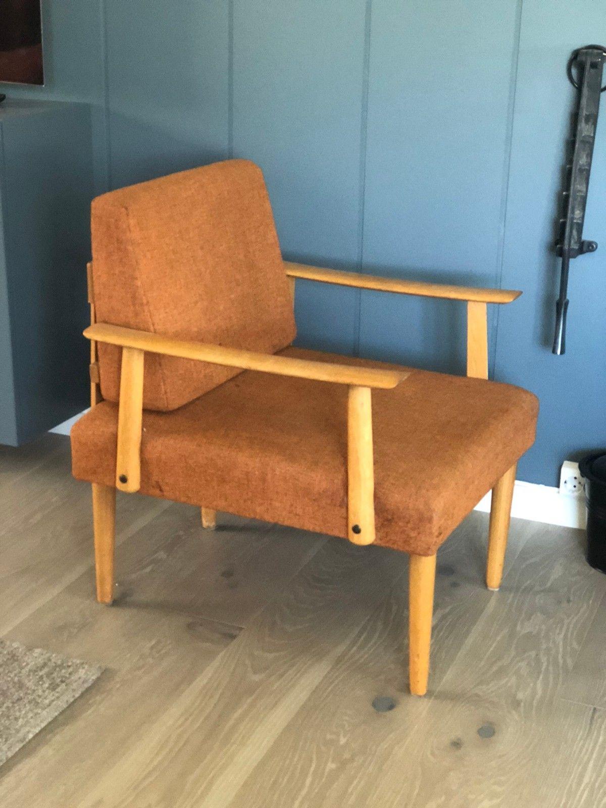 få bort tisselukt av stoff stol