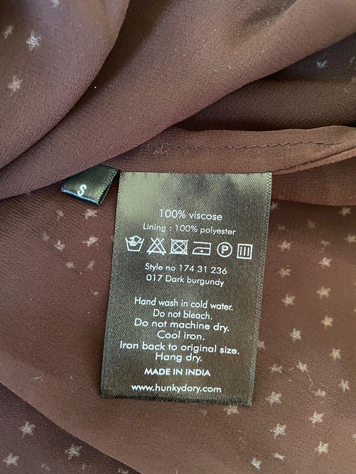 Hunkydory mørk burgunder bluse | FINN.no