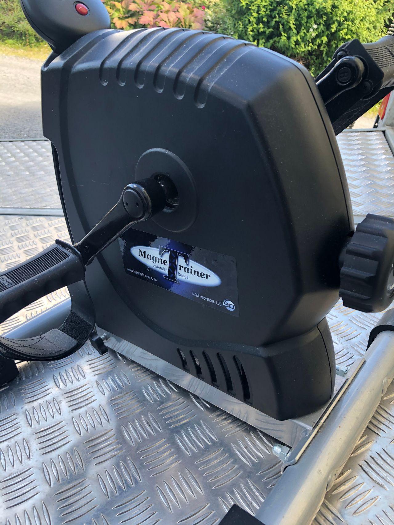 Chair Gym Mini treningssykkel Tren fra din komfortable