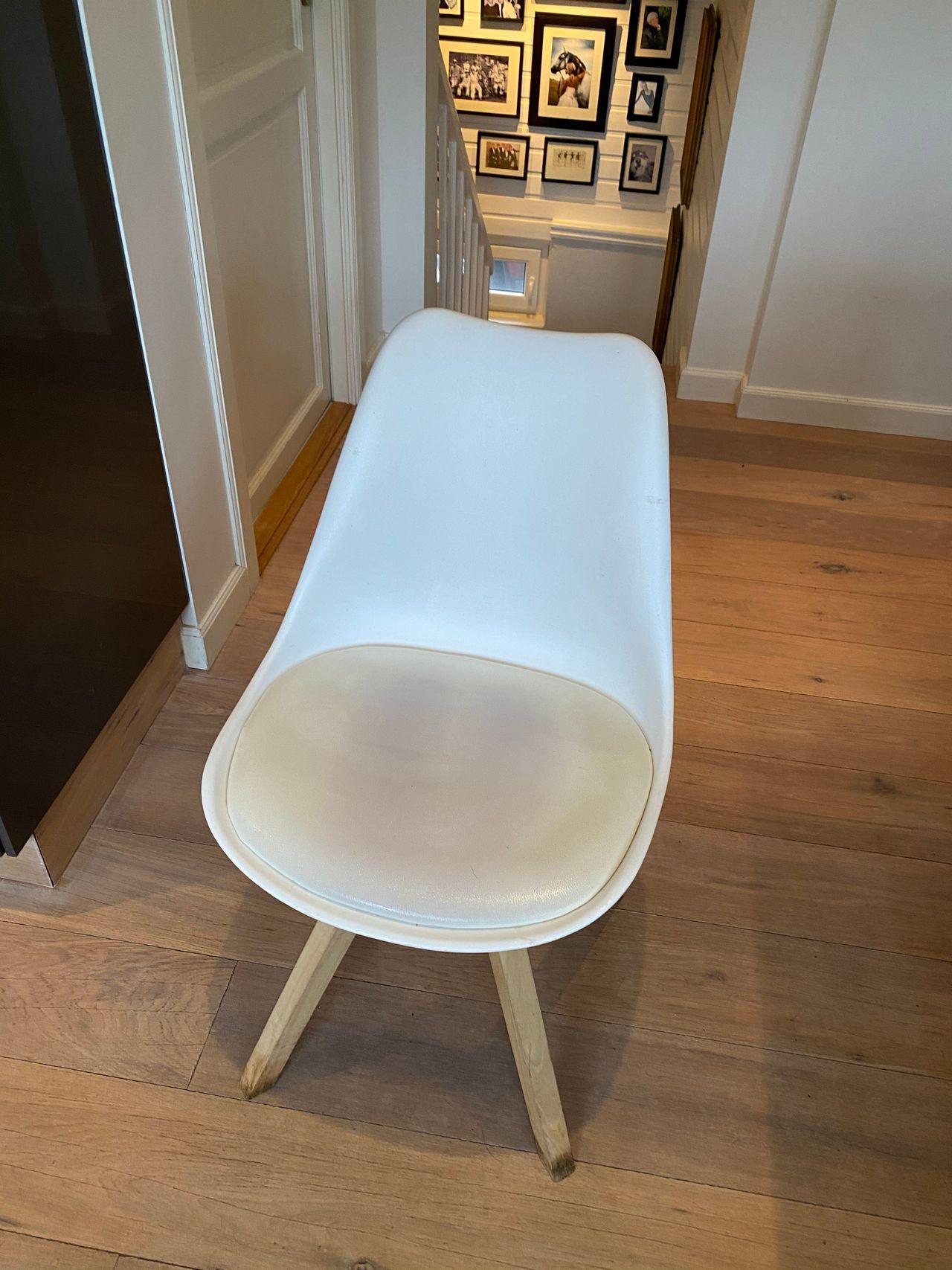 Helt nye stoler Kjøpe, selge og utveksle annonser finn den
