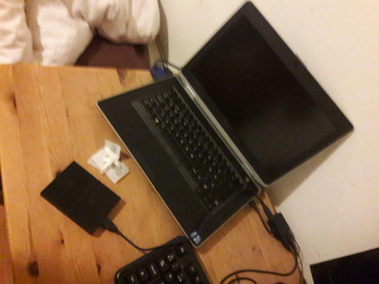 Dell Latitude E6430 14 i7 3520M 8 GB RAM 256 GBSSD