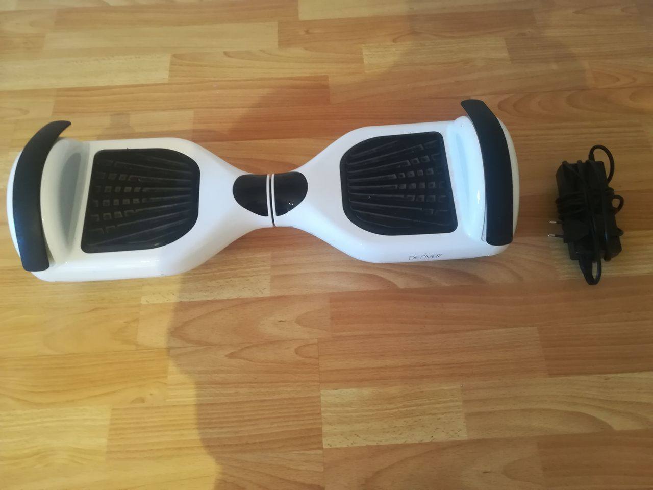 Hoverboard Denver DBO 6501 White MK2 + Lader | FINN.no