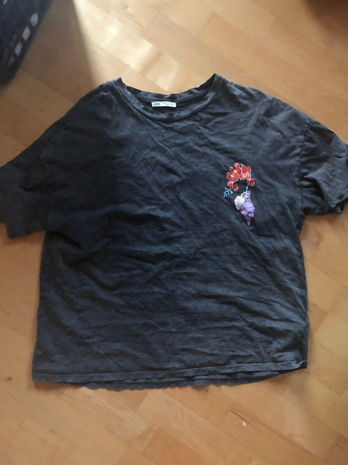 Oversize T skjorte i str. S med bamse   FINN.no