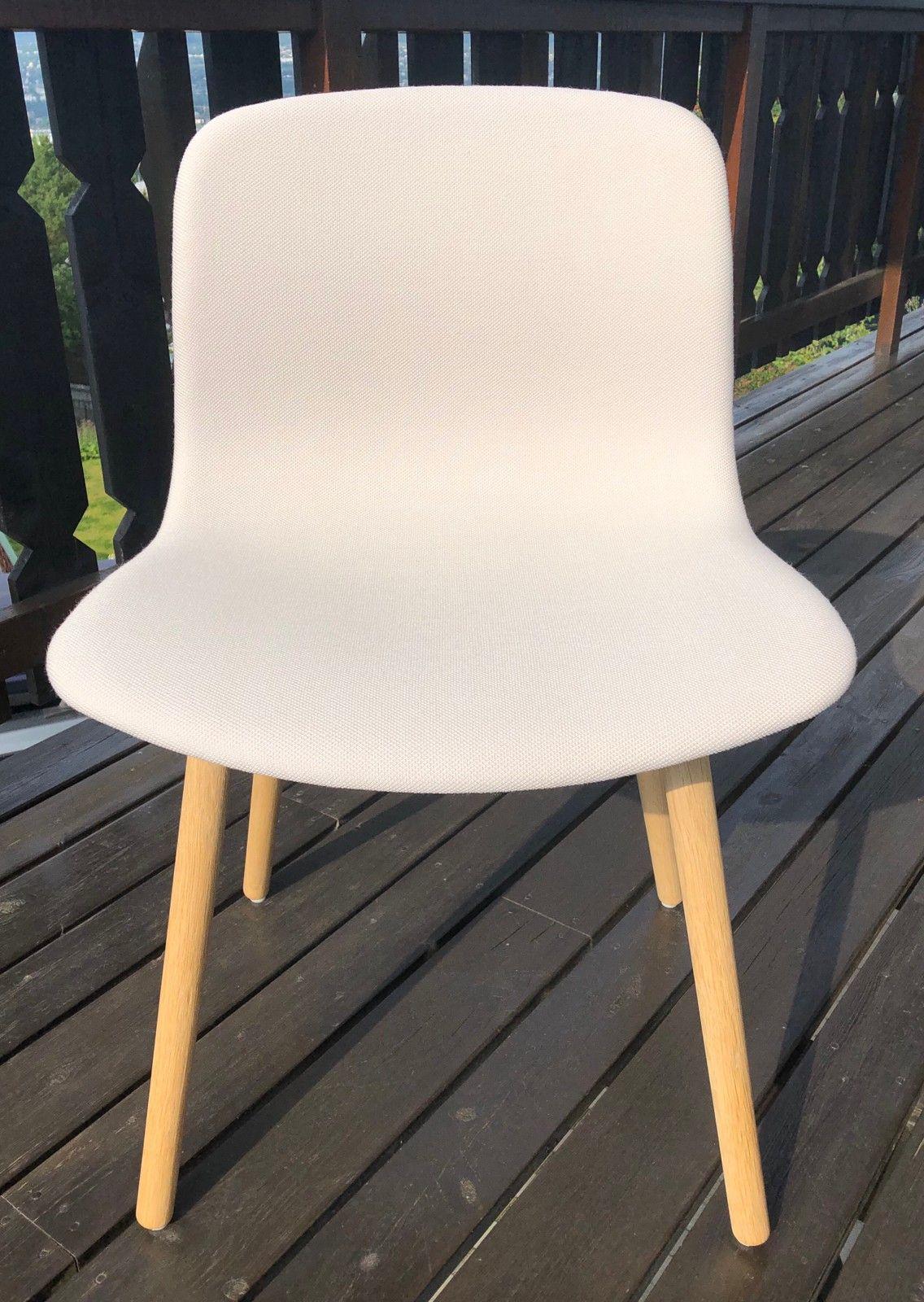 NYTT! Polstret HAY Neu 12 stol i naturhvit tekstil | FINN.no