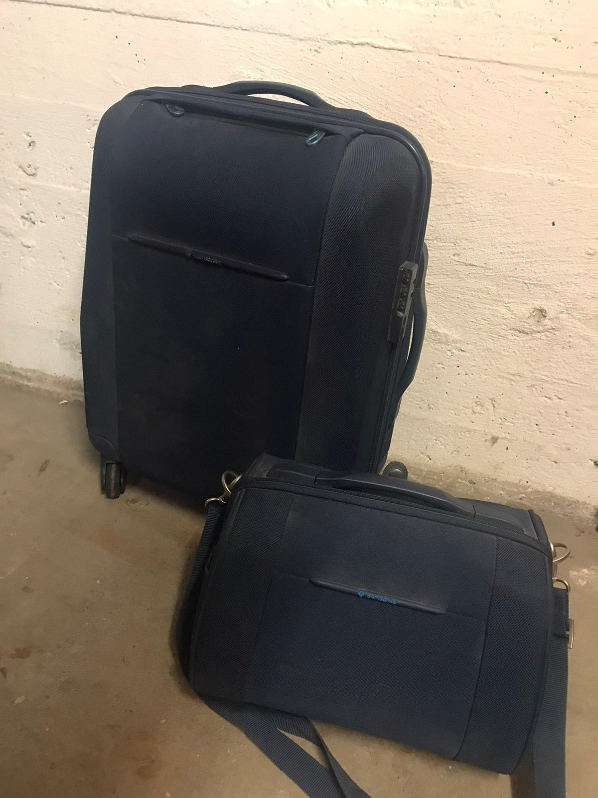 Samsonite koffert selges | FINN.no