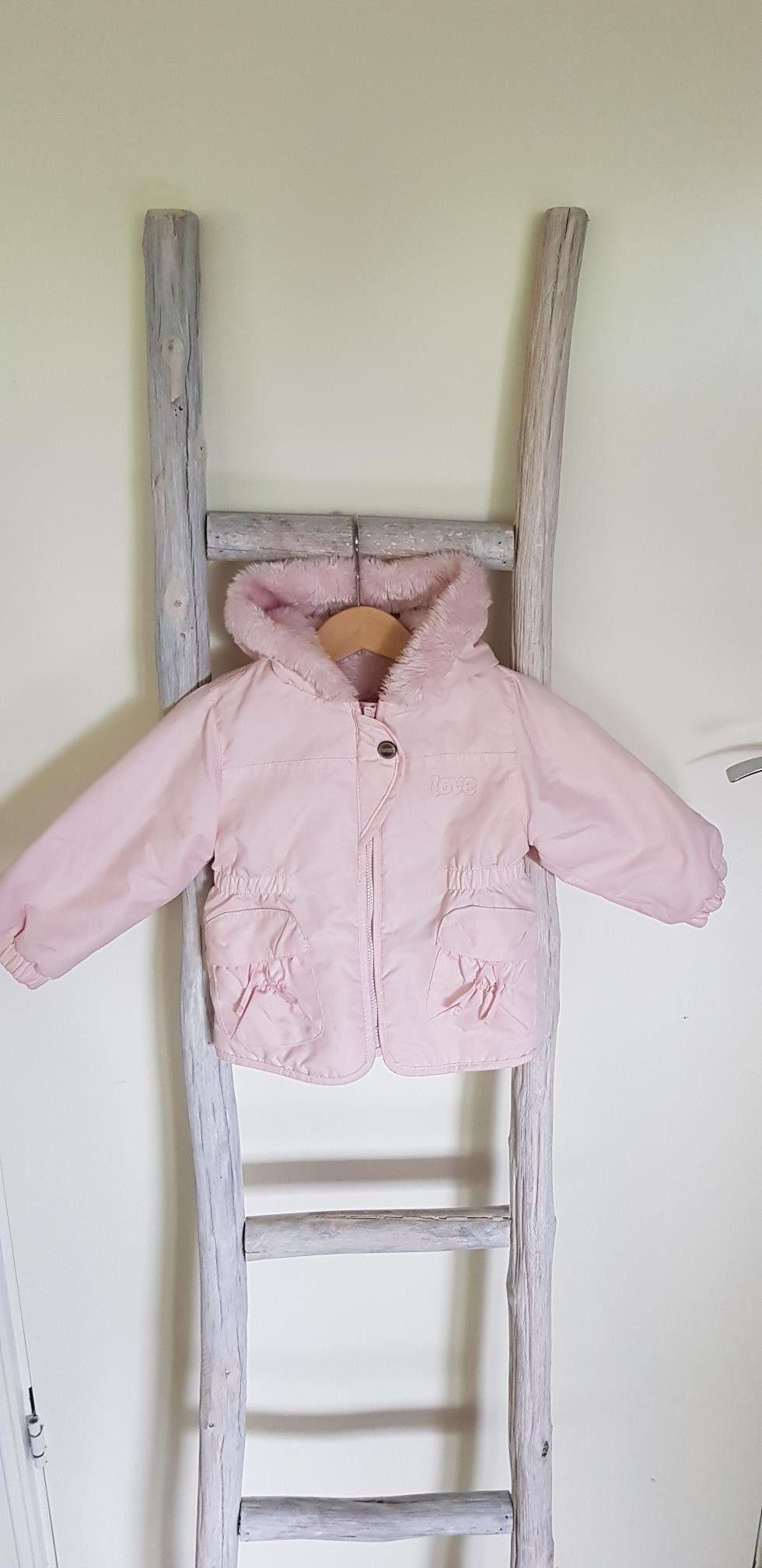Rosa Benetton jakke til jente baby str.62 | FINN.no