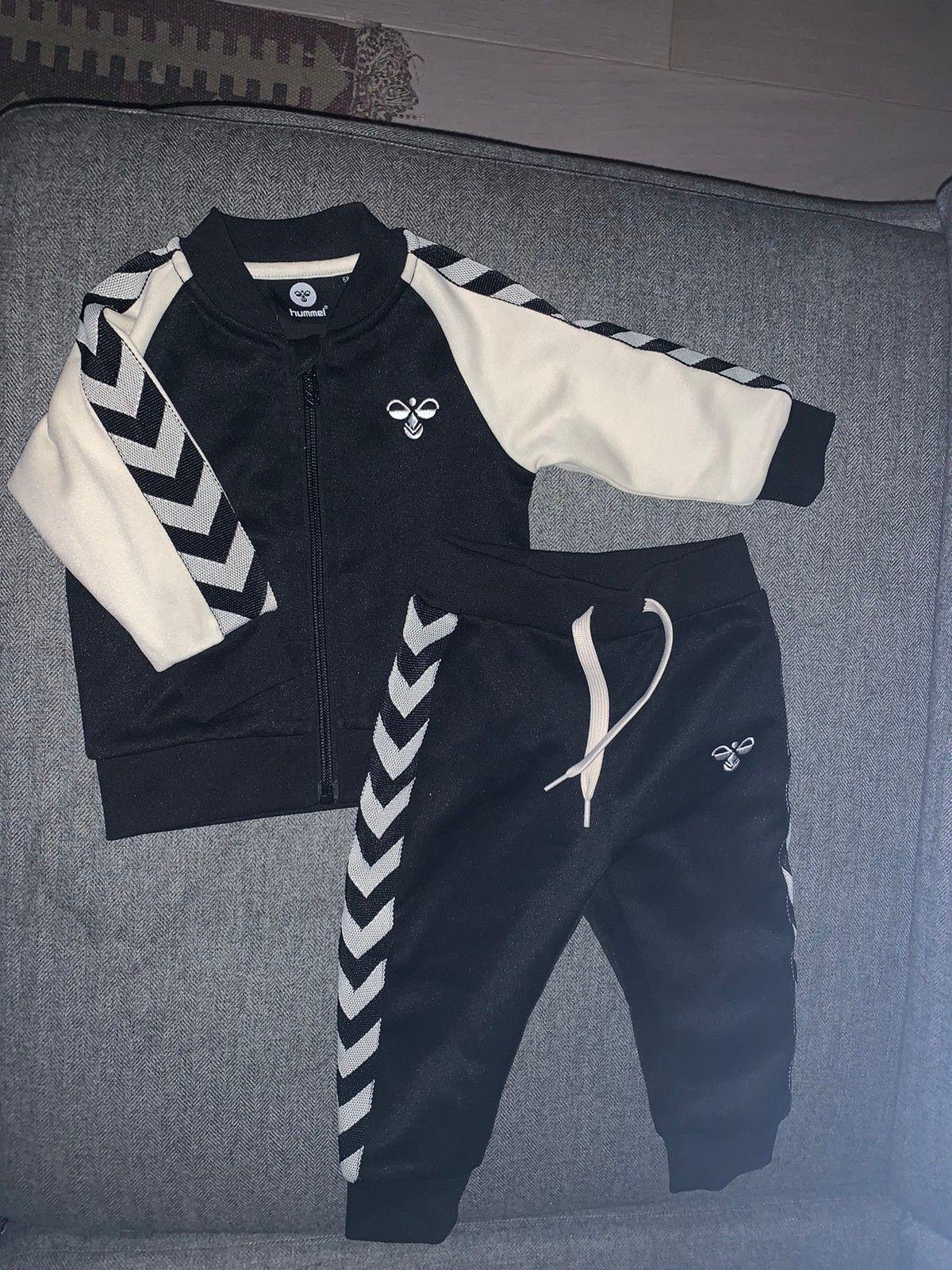 Hummel jakke og bukse Str 134   FINN.no