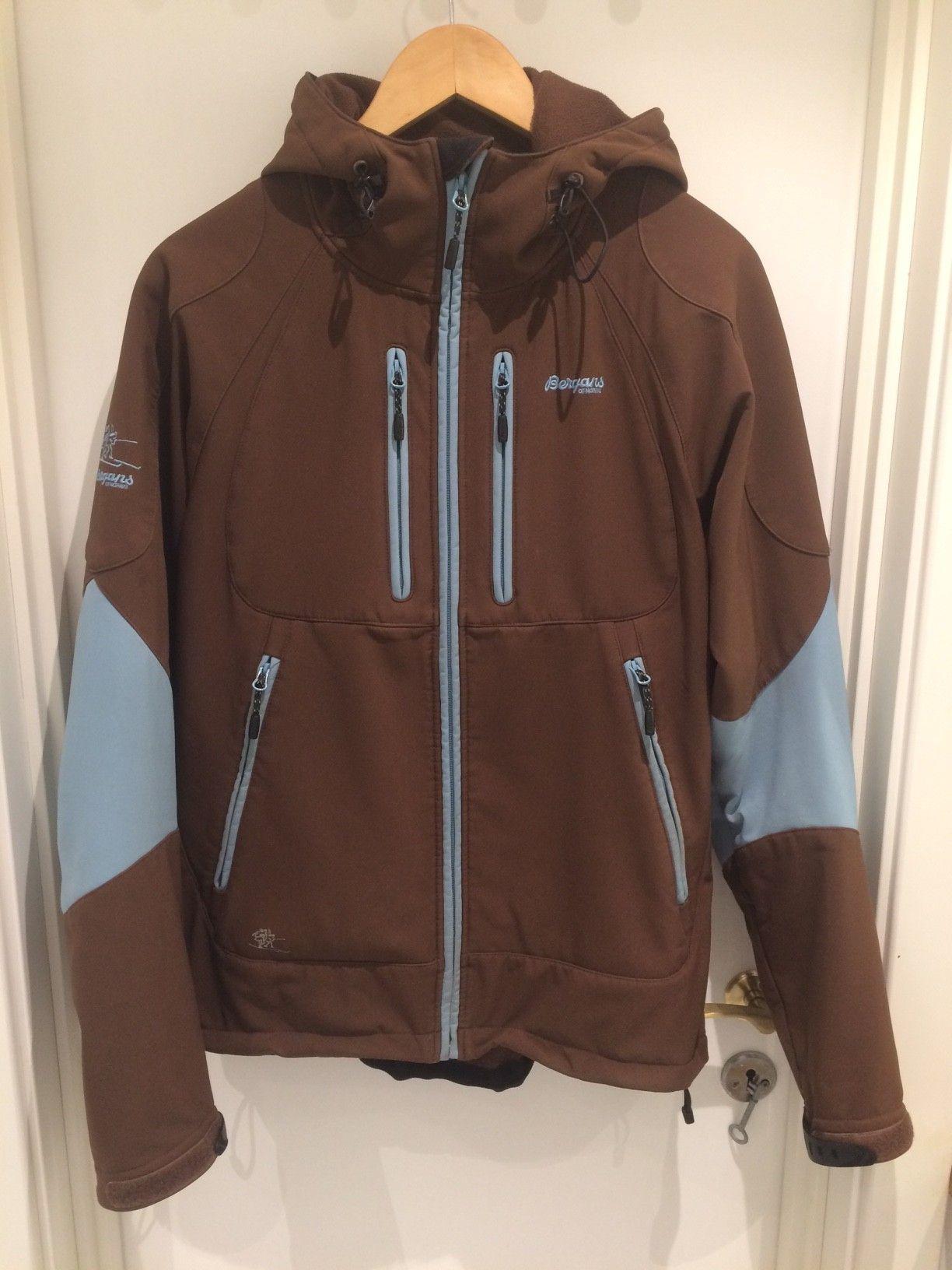 Bergans Nusfjord softshell jakke selges billig | FINN.no