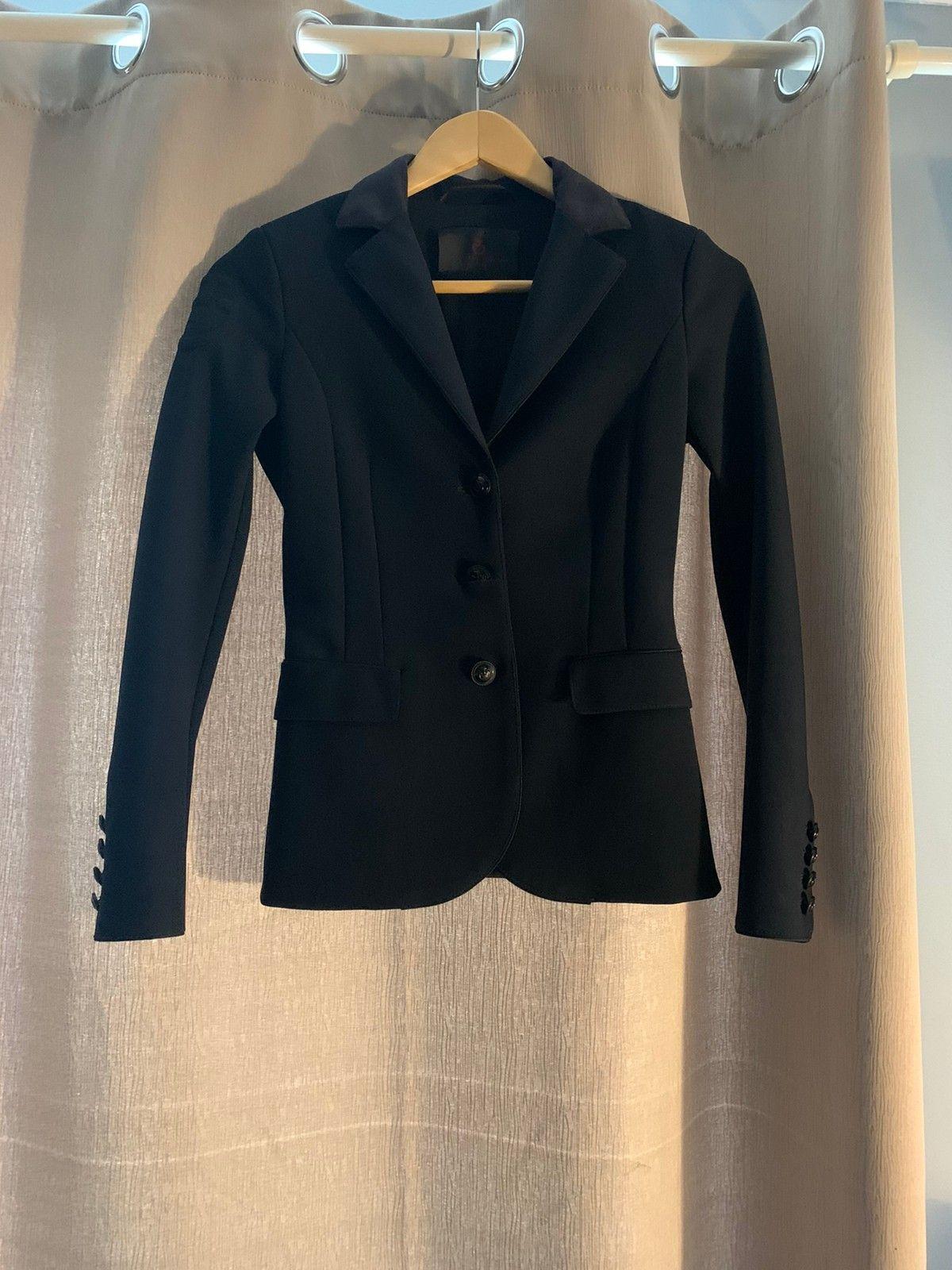 Cavalleria Toscana jakke vurderer byttes | FINN.no