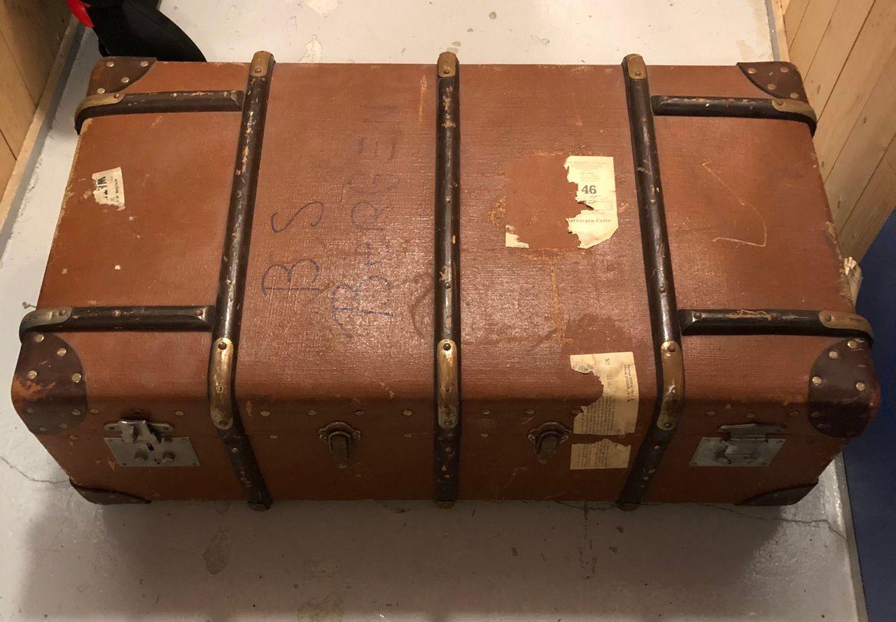 Gammel koffert i lær | FINN.no
