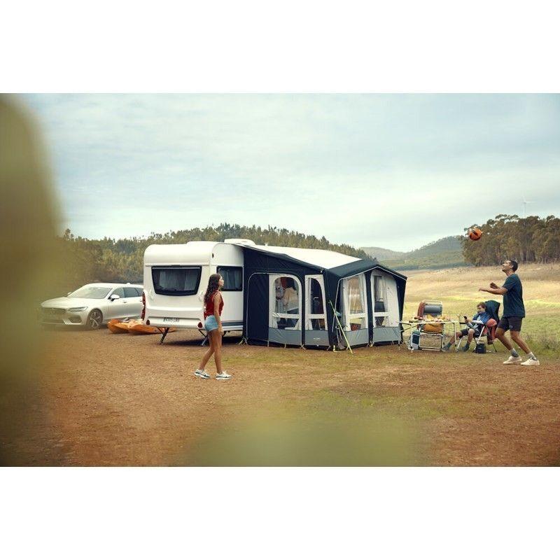 LUFTTELT KAMPANJE! Få med Dometic Club Air Pro Luftfylt fortelt, verdi Kr. 24 780,- ved kjøp av denne campingvogna!
