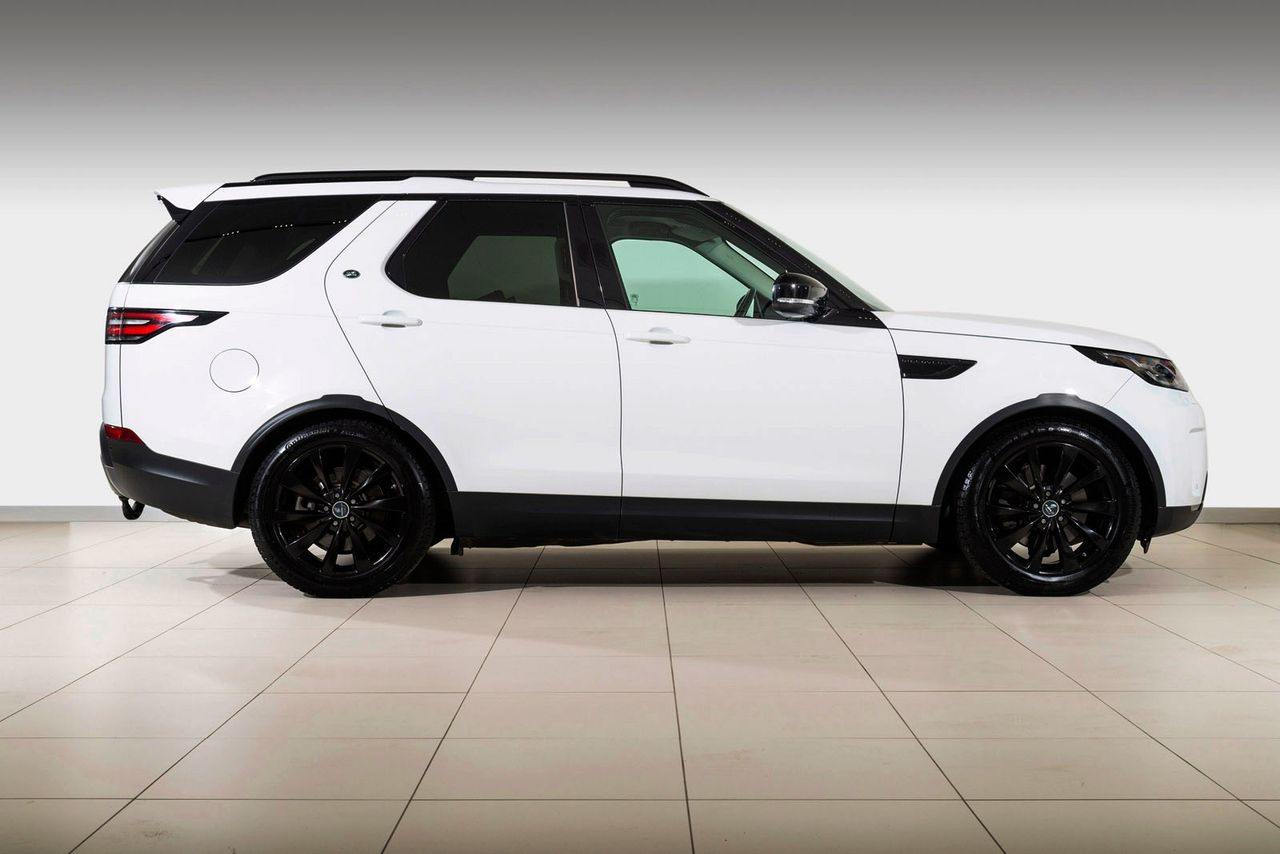 Land Rover Discovery 5 3,0 258hk TD6 HSE