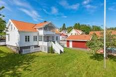 Holbekkveien 23, Grimstad | Sørmegleren