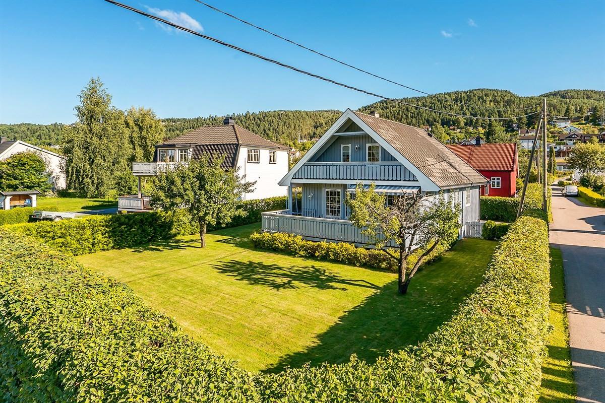 Meglerhuset & Partners Drammen - Enebolig - 3 490 000,-
