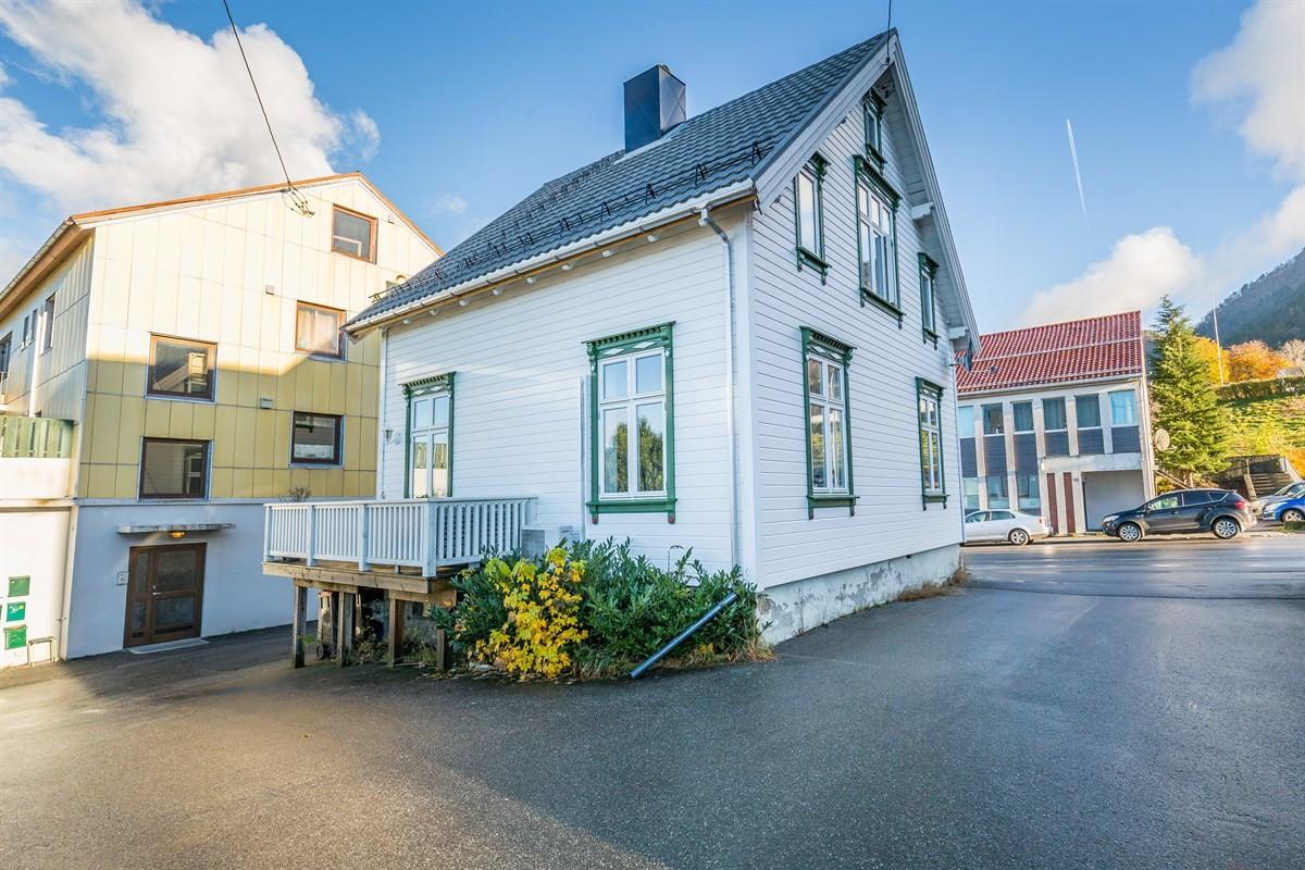 Aursnes & Partners Sykkylven / Stranda - Enebolig - 1 900 000,-