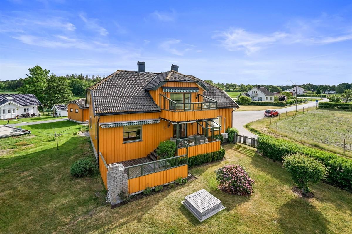 Leinæs & Partners Larvik - Enebolig - 2 690 000,-