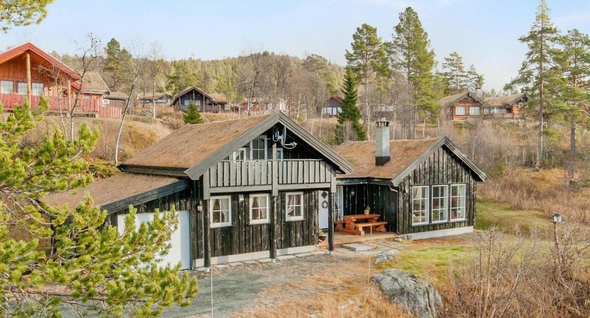 Leinæs & Partners Larvik - Hytte - 3 090 000,-