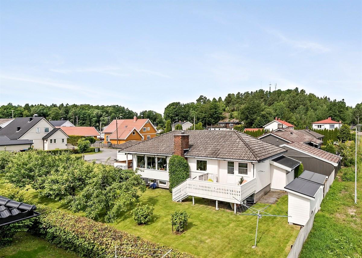 Leinæs & Partners Larvik - Enebolig - 3 250 000,-