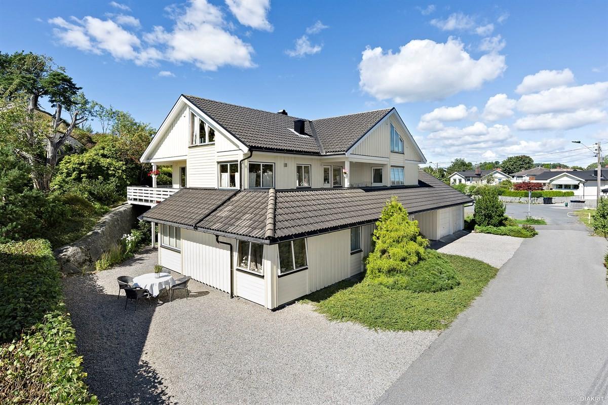 Leinæs & Partners Larvik - Enebolig - 4 990 000,-
