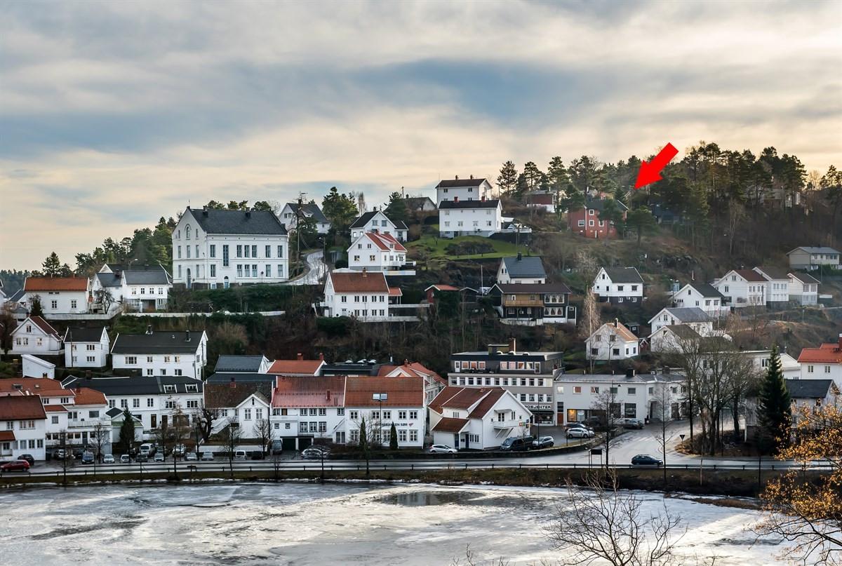 Meglerhuset & Partners Arendal - Enebolig - 1 550 000,-