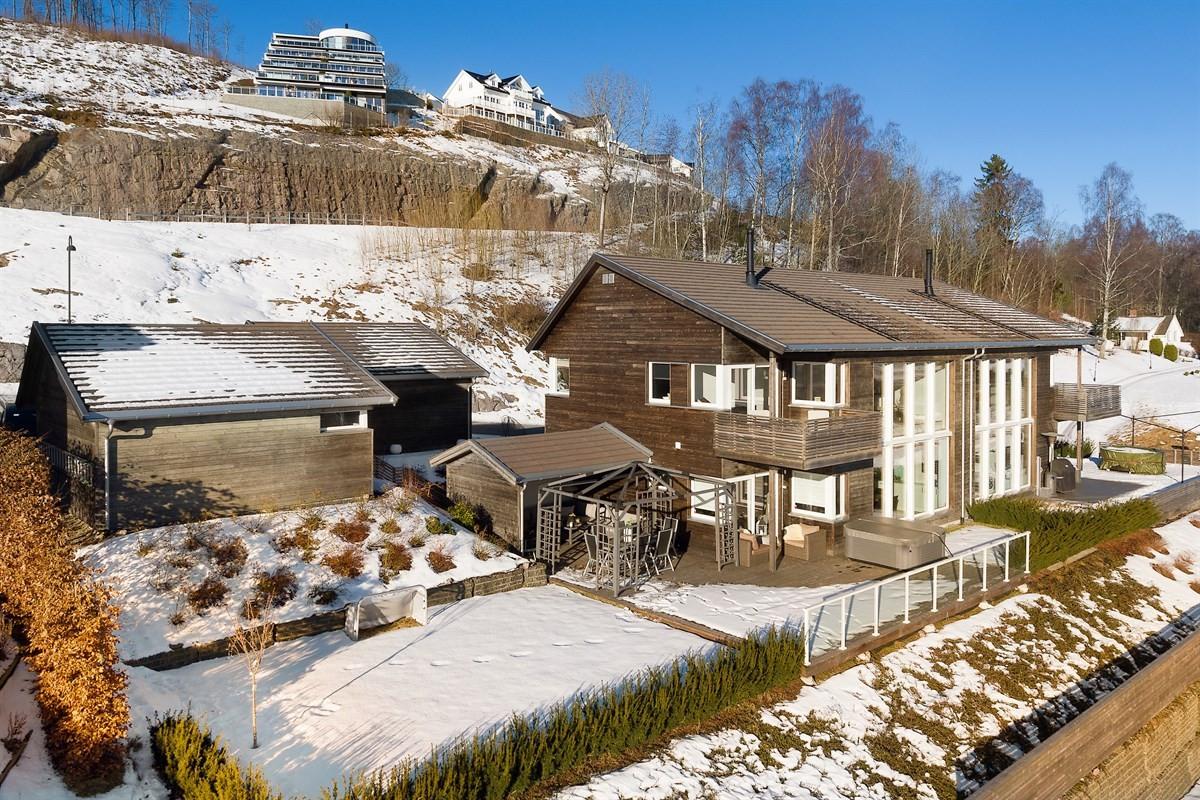 Meglerhuset & Partners Drammen - Tomannsbolig - 5 650 000,-