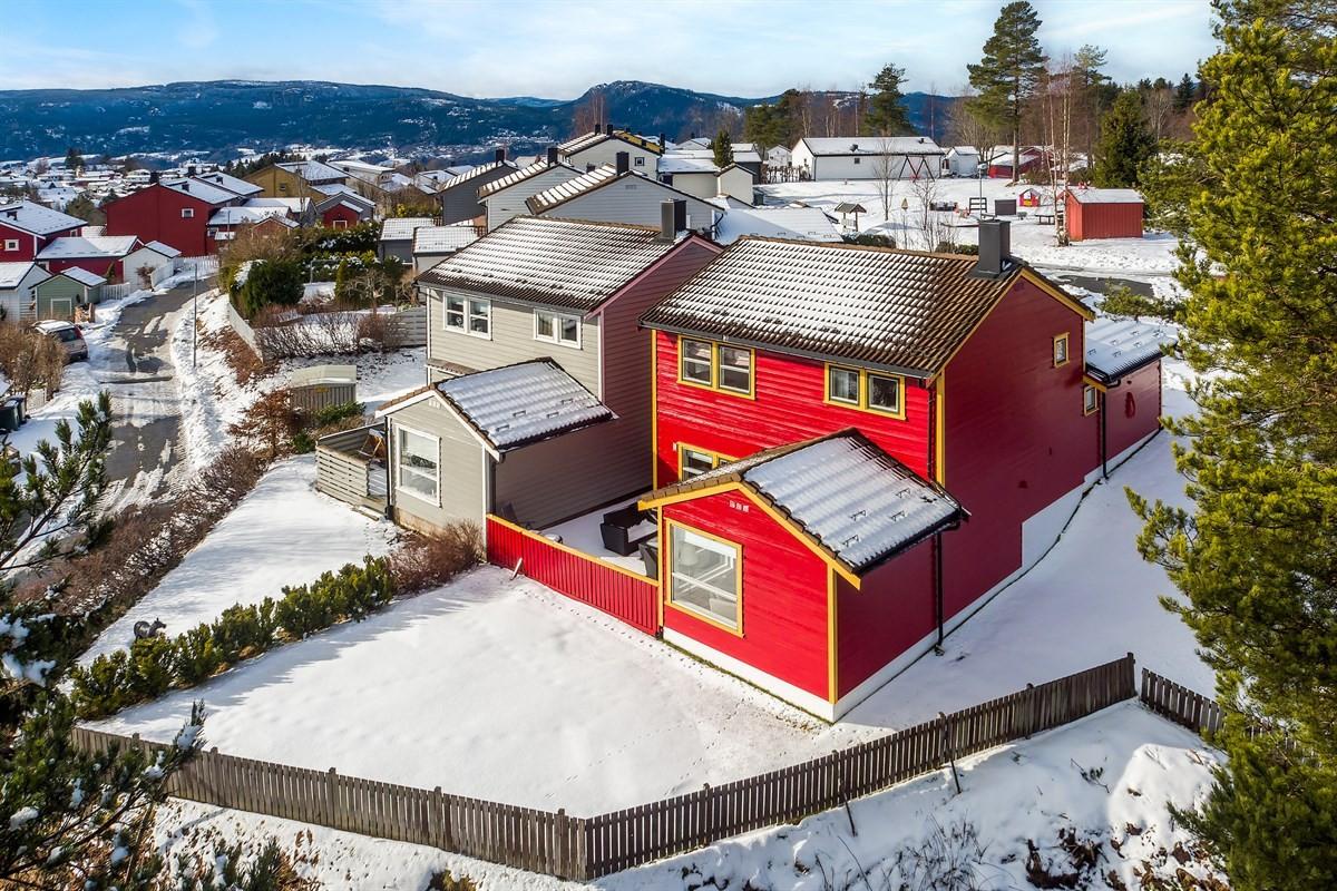 Meglerhuset & Partners Drammen - Enebolig - 3 900 000,-