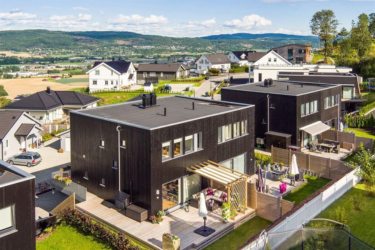 Meglerhuset & Partners Drammen - Tomannsbolig - 5 490 000,-
